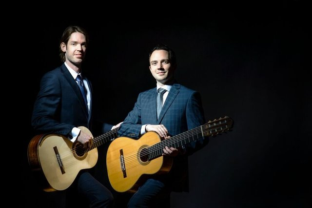 Promotional Photo of Henderson and Kolk Guitarist Duo