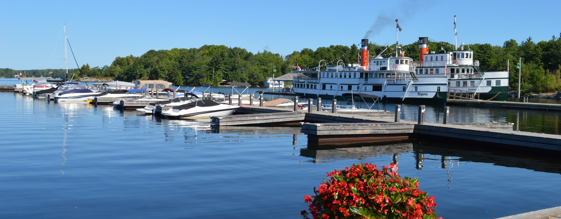 Scenic photo of the Muskoka Wharf and Muskoka Steamships